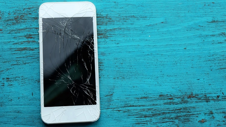 Điện thoại bị vỡ màn hình là trường hợp hư hỏng khá phổ biến
