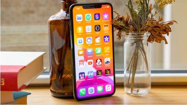 Nguyên nhân khiến iPhone 11 Pro Max bị ám vàng màn hình
