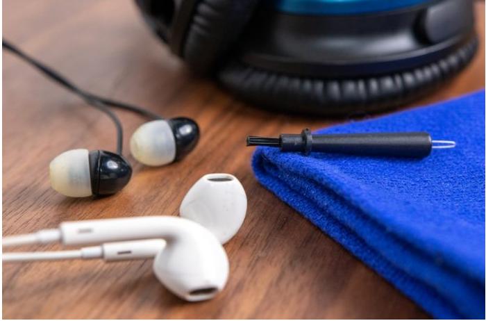 Vệ sinh tai nghe Bluetooth