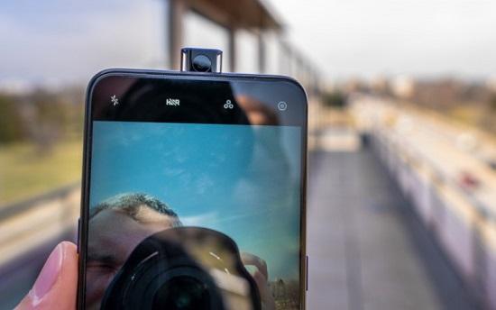 Camera điện thoại Oppo bị đảo ngược